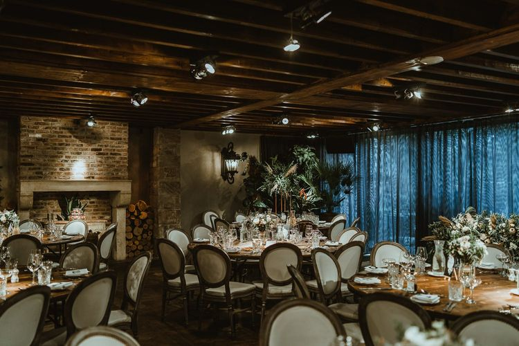 Winter reception with cosy styling and foliage