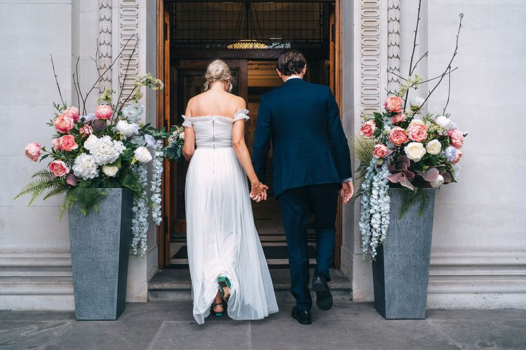 Pink white and blue wedding flower arrangements at Intimate elopement