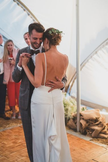 Rainy Festival Wedding In East Sussex With Bride In Rime Arodaky And Black Biker Boots And Bridesmaids In White Dresses With Silent Disco Party Images By Jesus Caballero