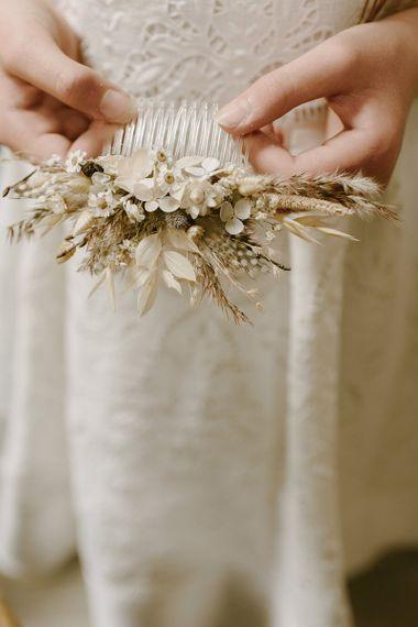 Dried wedding flowers for intimate wedding