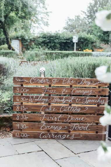 DIY Pallet Signage | French Rustic at Northbrook Park in Surrey | Images by Charlotte Bryer-Ash