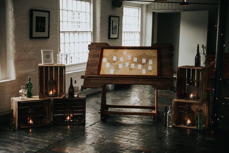 Map theme seating plan for wedding