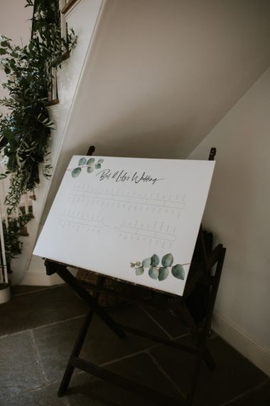 White and green table plan illustration