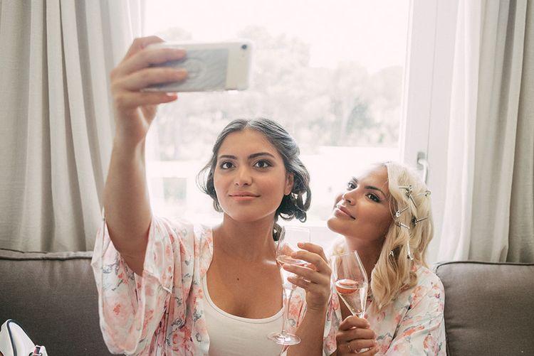 Wedding Morning Selfie | Luxe Blush Pink Glasshouse Wedding at Cortal Gran, Spain Planned by La Puta Suegra  | Sara Lobla Photography