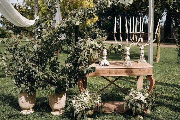 Wedding Decor | Luxe Blush Pink Glasshouse Wedding at Cortal Gran, Spain Planned by La Puta Suegra  | Sara Lobla Photography
