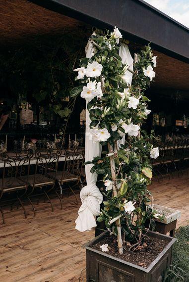 Roses Wedding Decor | Luxe Blush Pink Glasshouse Wedding at Cortal Gran, Spain Planned by La Puta Suegra  | Sara Lobla Photography