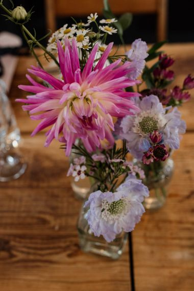 Fresh floral decor for rustic styling at West Reservoir Centre