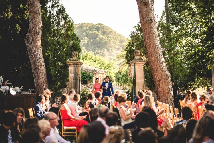 Destination Wedding In Mallorca With Outdoor Wedding Ceremony // Bride In Straw Hat With Leanne Marshall Wedding Dress Destination Wedding In Mallorca With Images From F2 Studios And Film By Alberto & Yago