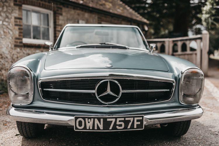 Blue vintage Mercedes wedding cake