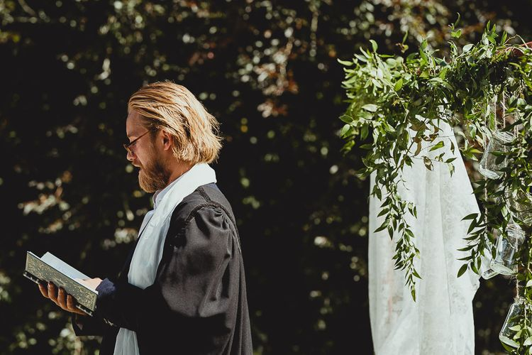Friend conducts the ceremony