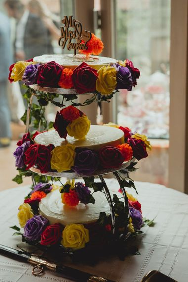 Cheese cake with floral decor
