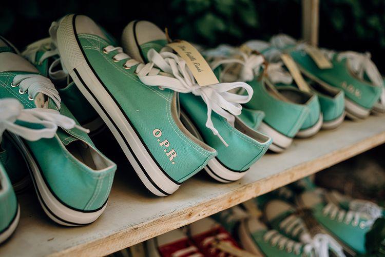 Mint Green, Personalised Converse Trainer Favours | Wedding Favours | Malaga Destination Wedding | Sara Lobla Photography | Un Par de Medias Film