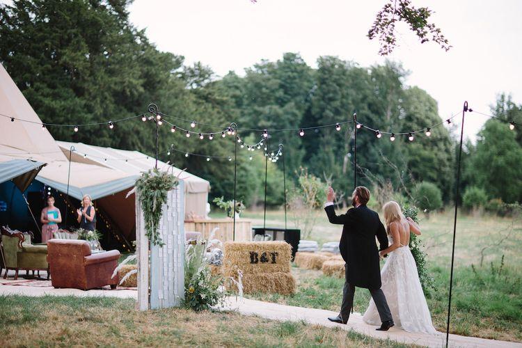 PapaKåta Teepee Wedding with Festoon Lighting Image by Barker Evans