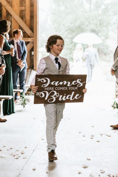 Brides arrival announcement wedding sign