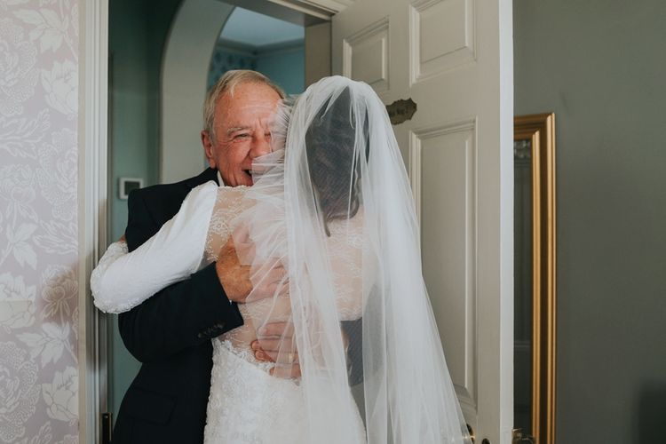 Bride sees father before ceremony