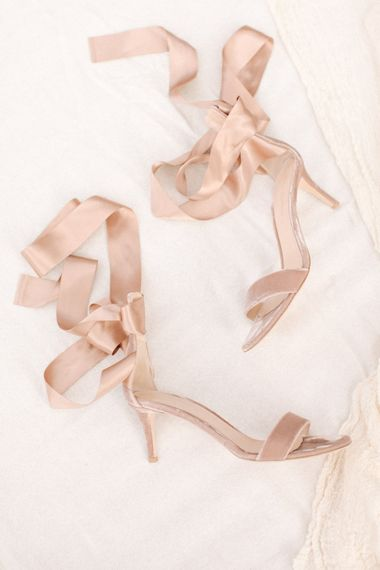 Gianvito Rossi Blush Pink Shoes | Contemporary Elegance Wedding in the Countryside  | M & J Photography | Film by Jacob and Pauline