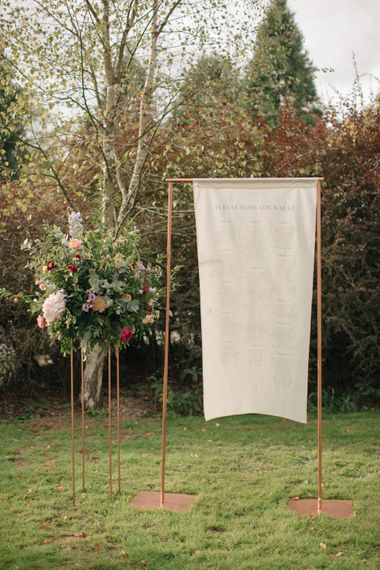 Copper Frame Table Plan | Contemporary Elegance Wedding in the Countryside  | M & J Photography | Film by Jacob and Pauline
