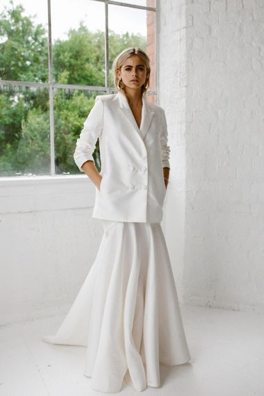White Blazer From Halfpenny London // Minimalist Bridal Inspiration Styled By One Stylish Day With Foliage & Dried Flowers // Bridal Wear By Halfpenny London // Images By Agnes Black