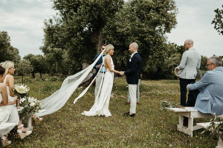 Stunning long veil for bride