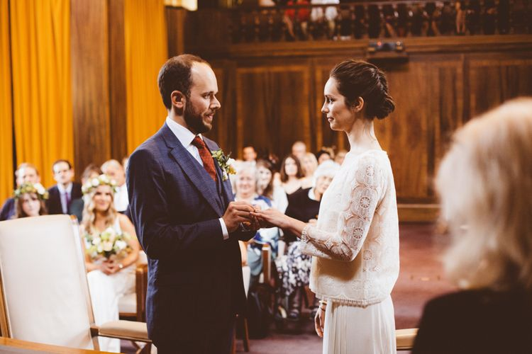 Wedding Ceremony | Bride in Laure de Sagazan Gown | Groom in Reiss Suit | Autumn City Wedding at Clissold House,  West Reservoir Centre | A Thing Like That Photography