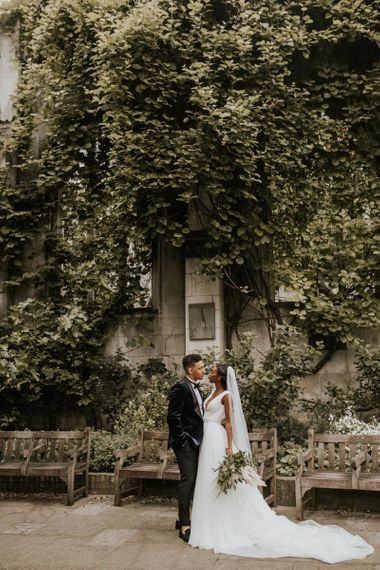 Couples portrait at St Dunstans in the East