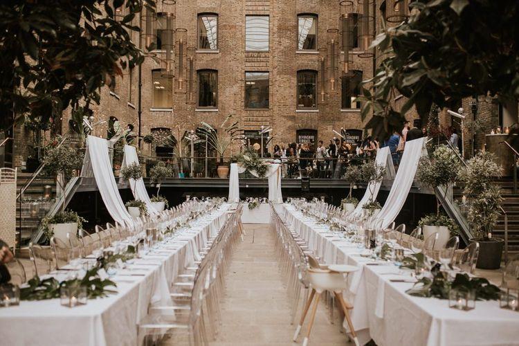 Stylish wedding reception on Devonshire Terrance 's rooftop