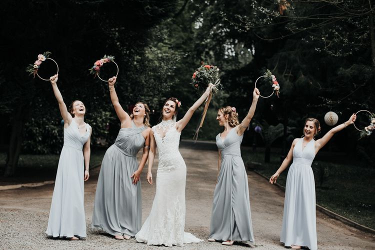 Sleeveless Wedding Dress with Grey Bridesmaid Dresses and Hoop Bouquets