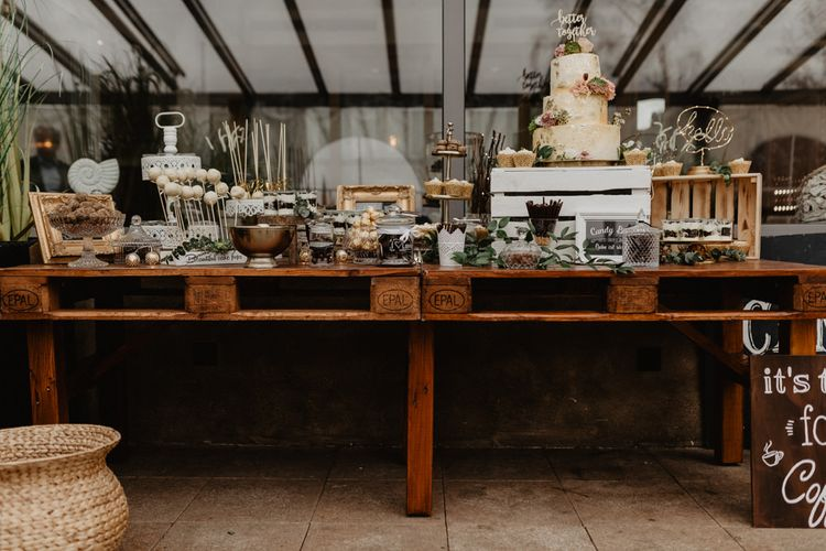 Dessert table with wedding cake at Germany wedding