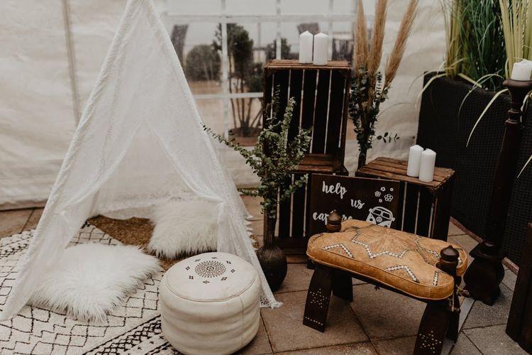 Mini tipi at boho wedding