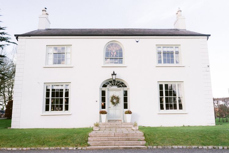 Hillmount House in Northern Ireland for Christmas wedding