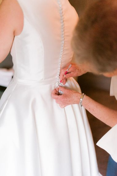 Tea-Length wedding dress for bride at Christmas wedding