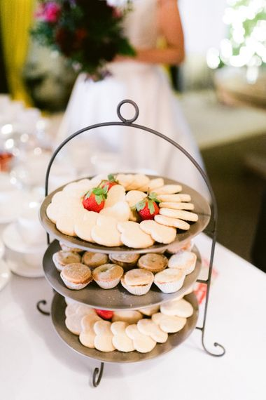 Minice pies for guests at Christmas wedding
