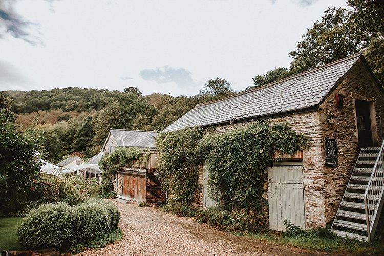 Blush, Rustic Luxe Wedding at Ever After, Dartmoor | Dan Ward Photography | CupcakeVideos