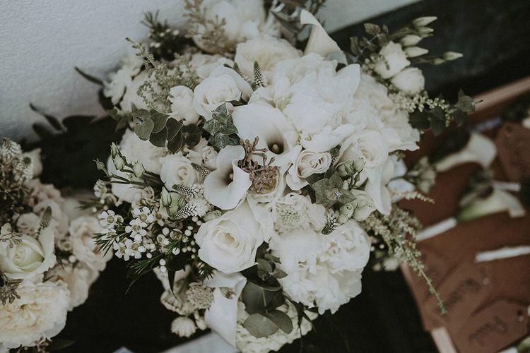 White Wedding Flowers // Image By Jason Mark Harris
