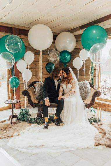 Green & White Giant Balloon Wedding Decor | Geometric Wedding Decor & Styling by Locate to Create at The Cherry Barn | Rebecca Carpenter Photography