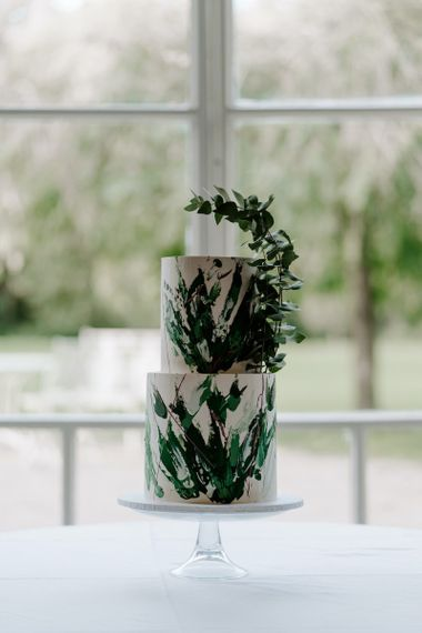 Green wedding cake to match emerald green bridesmaid dresses