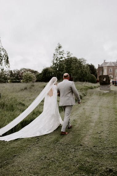 Long veil with Rue De Seine wedding dress
