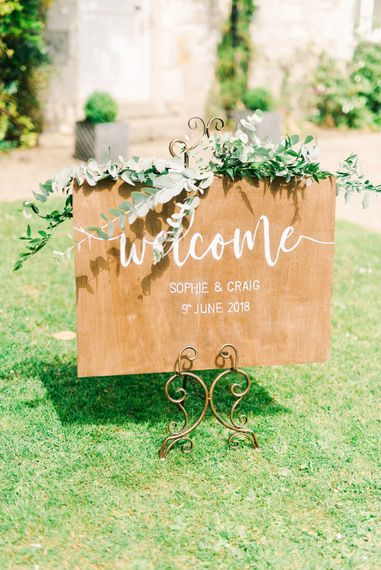 Wooden Welcome Sign For Wedding