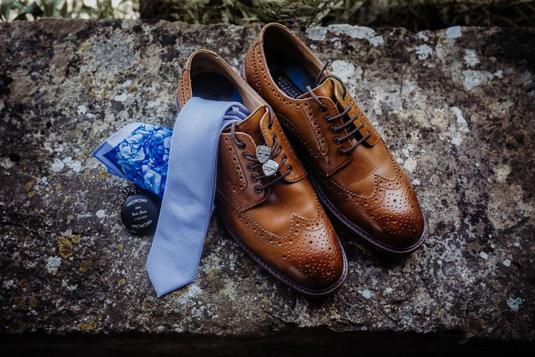 Groom accessories for rustic wedding