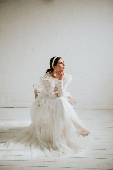 stylish bride in vintage inspired wedding dress
