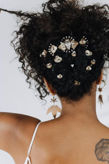 Hathor Hair Pins // Tilly Thomas Lux // Unique And Stylish Jewellery  For Contemporary Brides // Image By Rachel Takes Pictures