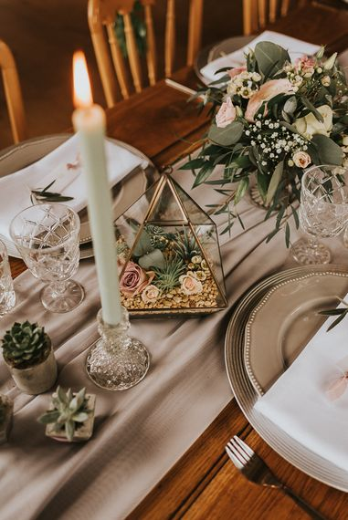 Terrarium Centrepiece Filled with Stones, Succulents and Roses