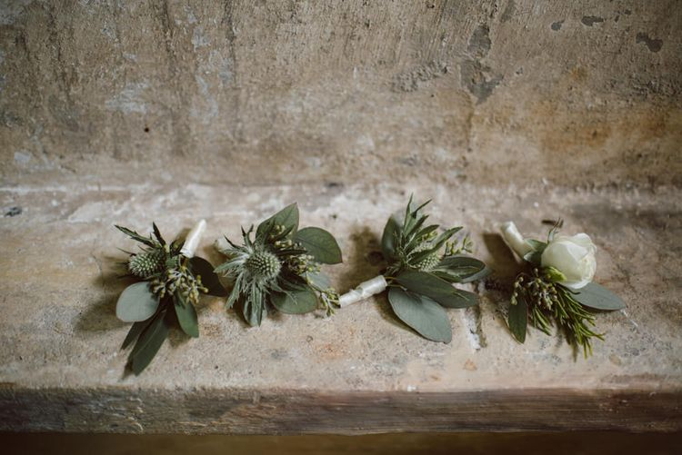 Buttonholes | Green & White Bohemian Wedding in the Rain at Castello di San Sebastiano da Po, Italy | Margherita Calati Photography | Second Shooter Carlo Vittorio