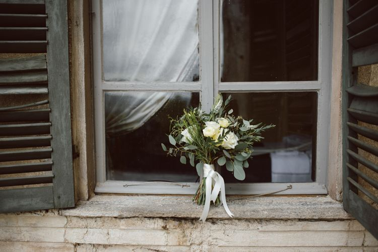 White Roses & Foliage Bouquet | Green & White Bohemian Wedding in the Rain at Castello di San Sebastiano da Po, Italy | Margherita Calati Photography | Second Shooter Carlo Vittorio