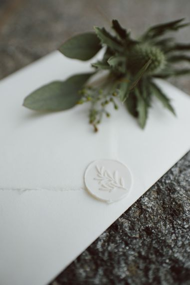 White Wax Envelope Seal | Green & White Bohemian Wedding in the Rain at Castello di San Sebastiano da Po, Italy | Margherita Calati Photography | Second Shooter Carlo Vittorio