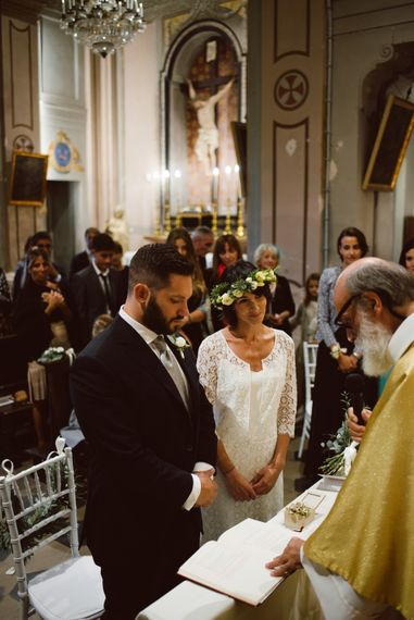 Wedding Ceremony | Bride in Laure De Sagazan Gown | Groom in Black Suit | Green & White Bohemian Wedding in the Rain at Castello di San Sebastiano da Po, Italy | Margherita Calati Photography | Second Shooter Carlo Vittorio