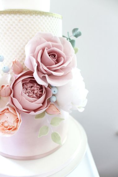 Fondant Flower Details by Iced Delights