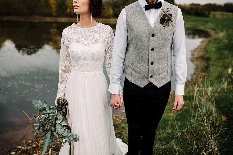 Wedding dress with removable sleeves