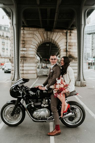 Bride and groom portrait in the streets of Paris