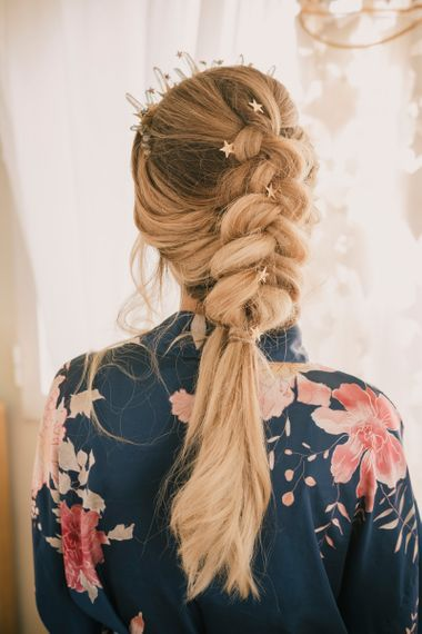 Big loose plait with star accessories
